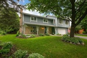 15431 Village Woods Drive Eden Prairie, Mn 55347