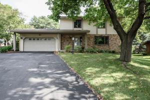 3408 Red Oak Circle N Burnsville, Mn 55337