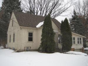 1741 Larpenteur Avenue E Maplewood, Mn 55109