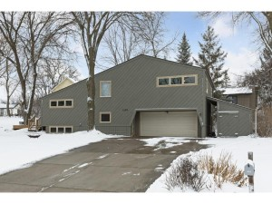 12215 28th Place N Plymouth, Mn 55441