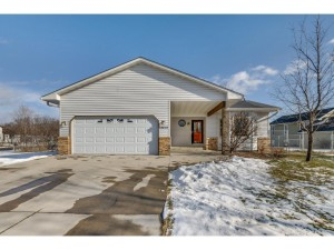 13819 Vintage Court Nw Andover, Mn 55304