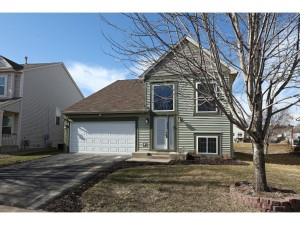 15233 Dupont Path Apple Valley, Mn 55124