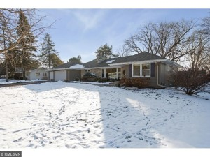 125 Westwood Drive N Golden Valley, Mn 55422
