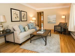 2079 Duluth Street Maplewood, Mn 55109