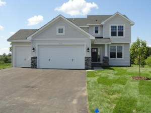 7151 208th Cove N Forest Lake, Mn 55025