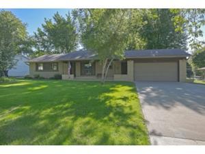 116 Redwood Drive Apple Valley, Mn 55124