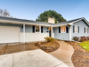 5614 Twin Lake Terrace N Crystal, Mn 55429