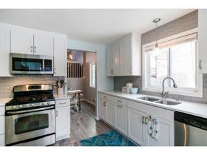 9256 Annapolis Lane N Maple Grove, Mn 55369