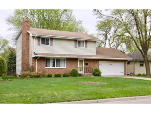 6726 45th Place N Crystal, Mn 55428