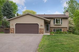 17476 Rustic Hills Drive Eden Prairie, Mn 55346