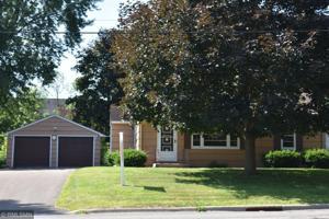 1762 Oakcrest Avenue Roseville, Mn 55113