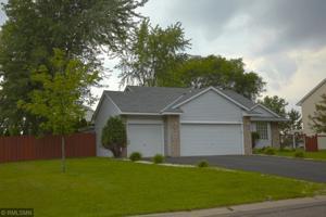 318 Parkview Lane S Maplewood, Mn 55119