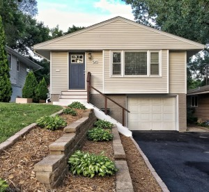 520 Indiana Avenue N Golden Valley, Mn 55422