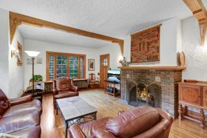 21 Rustic Lodge E Minneapolis, Mn 55419
