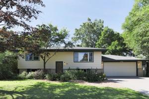 800 Sanburnol Drive Ne Spring Lake Park, Mn 55432