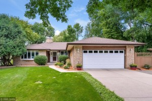 21950 Finley Court N Forest Lake, Mn 55025