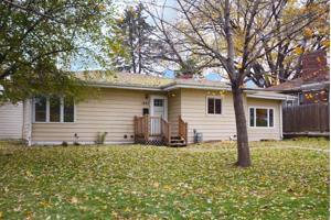 1853 Cottage Avenue E Saint Paul, Mn 55119
