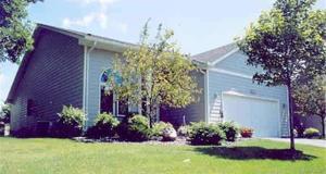 915 Southcross Drive E Burnsville, Mn 55306