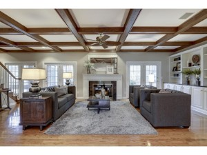 5 Red Pine Road North Oaks, Mn 55127