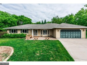 13528 Lower Elkwood Court Apple Valley, Mn 55124