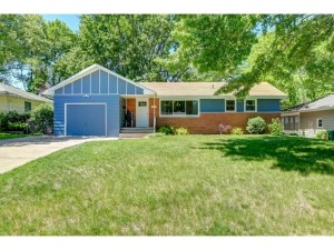 3263 Welcome Avenue N Crystal, Mn 55422