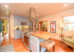 1111 Rhode Island Avenue N Golden Valley, Mn 55427