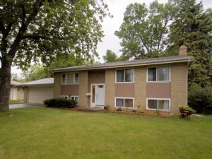 8213 Johnson Circle Bloomington, Mn 55437