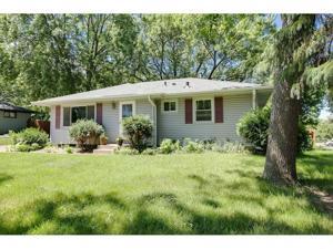 5965 N Cavell Avenue N New Hope, Mn 55428