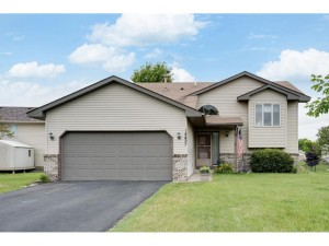 14427 Wintergreen Street Nw Andover, Mn 55304