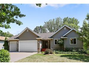 724 N Oak Drive Vadnais Heights, Mn 55127