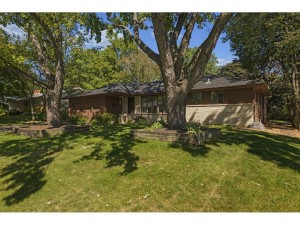 3648 Colorado Avenue N Crystal, Mn 55422
