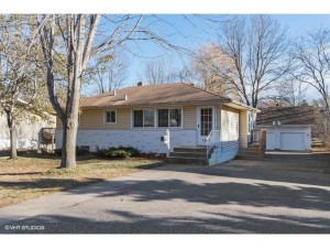 1524 Independence Avenue N Golden Valley, Mn 55427