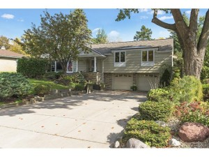 5317 Hollywood Road Edina, Mn 55436