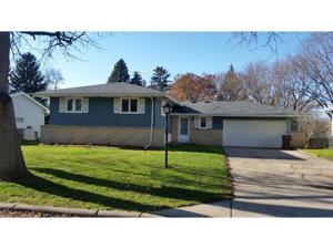 1400 Pinewood Drive Woodbury, Mn 55125