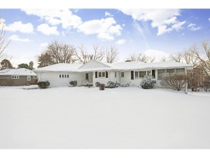 139 Westwood Drive N Golden Valley, Mn 55422