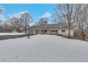 204 Oakwood Circle Belle Plaine, Mn 56011