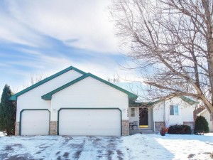 14844 River Crossing Savage, Mn 55378