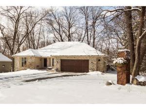 8941 Hidden Oaks Drive Eden Prairie, Mn 55344