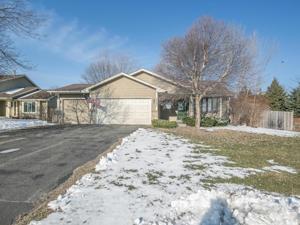 16205 Godson Drive Lakeville, Mn 55044
