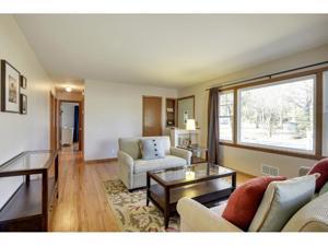 1424 Rhode Island Avenue N Golden Valley, Mn 55427