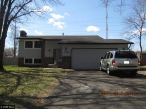 11992 Unity Street Nw Coon Rapids, Mn 55448