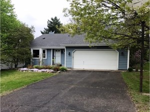 3016 Camelot Drive Woodbury, Mn 55125