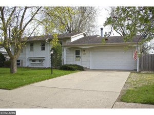 850 Haralson Drive Apple Valley, Mn 55124