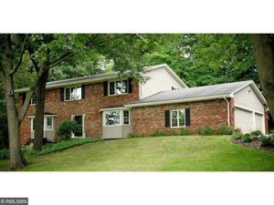 18 Black Oak Road North Oaks, Mn 55127