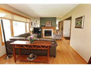 108 Bluwood Avenue Little Canada, Mn 55117
