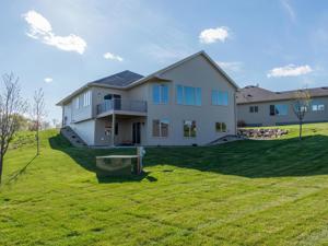 1263 Parkview Terrace Shakopee, Mn 55379
