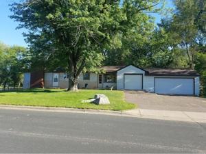 890 Manor Drive Ne Spring Lake Park, Mn 55432