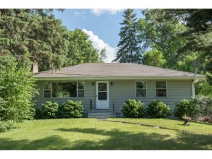 9705 27th Ave N Plymouth, Mn 55441