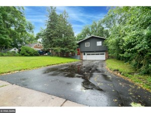 1066 Island Lake Avenue Shoreview, Mn 55126