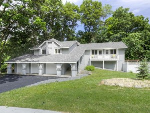 173 Chaparral Drive Apple Valley, Mn 55124